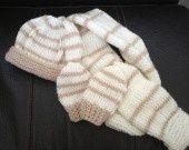 Ensemble de bonnet, écharpe et moufles : Mode Bébé par knit-ael