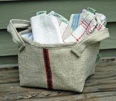 Cute bag! Sack Bag, Grain Sack, Timeless Elegance, Reusable Tote Bags, Louis Vuitton, Throw Pillows, Handbags, Linens, French