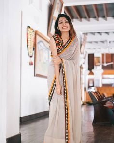 Buy This Gorgeous Saree just mgs me Indian Fashion Dresses, Dress Indian Style, Indian Designer Outfits, Indian Outfits, Fashion Clothes, Trendy Sarees, Stylish Sarees, Fancy Sarees, Simple Sarees