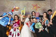 Photocall EEUU: ¡Un viaje con los yanquis! - Tree Wedding, Wedding Day, Kids Outdoor Play, Wedding Activities, Best Tanning Lotion, Backdrops For Parties, Photo Booth Props, Photo Backgrounds, Just Married
