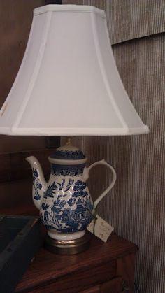 Ceramic teapot lamp