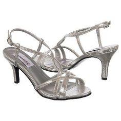 Women's Dyeables Elvira Silver FamousFootwear.com