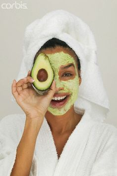 very simple avocado face mask | Learn about easy #homemade #face #masks http://easyhomemadefacemasks.blogspot.com/2012/12/easy-homemade-face-masks-which-actually.html