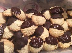 Μπισκοτάκια Σαμπλέ βιενουά !!! ~ ΜΑΓΕΙΡΙΚΗ ΚΑΙ ΣΥΝΤΑΓΕΣ 2 Greek Sweets, Biscotti, Food Processor Recipes, Bakery, Muffin, Cookies, Breakfast, Desserts, Foods