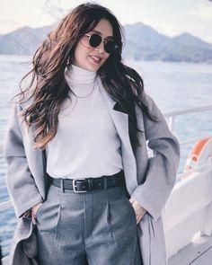 Korea Winter Fashion, Winter Fashion Outfits, Spring Outfits, Autumn Outfits, Korean Fashion, Liza Soberano Instagram, Kathryn Bernardo Outfits, Filipina Girls, Celebrity Fashion Outfits