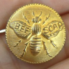 A button advertising Bee Soap Vintage Bee, Vintage Sewing, Button Art, Button Crafts, Metal Buttons, Vintage Buttons, I Love Bees, Bee Skep, Bee Jewelry