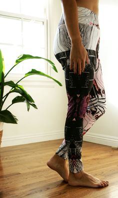 Workout Wear  ad  These high style graphic leggings inspire my workout. veronica  jaurena 49f01d3f5e0b0