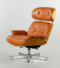 """MULHAUSER FOR PLYCRAFT LOUNGE CHAIR George Mulhauser for Plycraft, Lawrence MA #670 lounge chair, sienna leather upholstery in light varnish walnut veneer backing, chrome base, circa 1950s, 38 1/2"""" x 33"""" x 22"""" (SOLD) http://www.kaminskiauctions.com/servlet/Search.do?auctionId=51&itemId=29856#"""