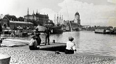 Vyborg (Viipuri) - in the time it belonged to Finland Viborg, Map Pictures, My Land, Helsinki, Ancient History, Old Photos, New York Skyline, Boat, Dreams
