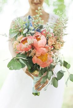 44 Fresh Peony Wedding Bouquet Ideas | Brides