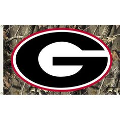 Georgia Bulldogs Flag with Grommets - Realtree Camo Background