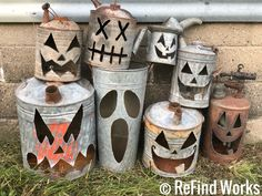 Halloween plasma cut gas can jackolanterns by Brian Quail/ReFind Works - Halloween props - creepy halloween costumes Primitive Halloween Decor, Rustic Halloween, Creepy Halloween, Outdoor Halloween, Vintage Halloween, Halloween Pumpkins, Holidays Halloween, Halloween Lawn Decorations, Ideas