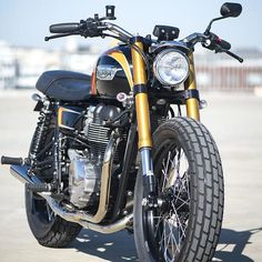 So Britt 2 par Mule Motorcycles