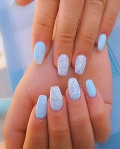 18 Cute Summer Nail Designs to Copy Right Now Fantastic blue sparkling summer nails! The post 18 Cute Summer Nail Designs to Copy Right Now appeared first on Summer Ideas. Blue Acrylic Nails, Blue Nail Polish, Summer Acrylic Nails, Blue Gel Nails, Blue Nails With Glitter, Summer Shellac Nails, Pastel Blue Nails, Square Acrylic Nails, Polish Nails