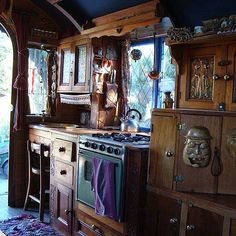 The Flying Tortoise: This Beautiful 1951 Bedford Housetruck Maid Of Dreams Could Be Yours...