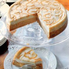 Pumpkin-Swirl Cheesecake: Underneath That Gorgeous Swirled Layer Is A Brandy-Infused, Pumpkin Cheesecake And A Buttery Graham Cracker Crust. For More Easy And Decadent Pumpkin Cheesecake Recipes, Click Through Just Desserts, Delicious Desserts, Dessert Recipes, Yummy Food, Dessert Ideas, Yummy Recipes, Pumpkin Swirl Cheesecake, Cheesecake Bars, Sweets