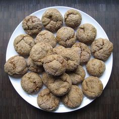 Vegan Ginger Cookies: 6 Steps (with Pictures) Biscuits, Ginger Cookies, Cookies Vegan, Brownie, Gingerbread Cookies, Yummy Treats, Sweet Tooth, Vegan Recipes, Sweets