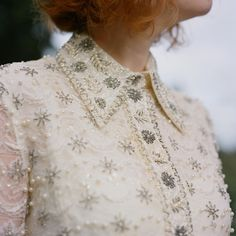 Gorgeous 60s wedding dress detail!