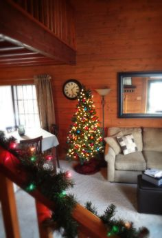 Branson Vacation Rental   VRBO 493141   2 BR MO Cabin, Family Friendly  Condo Conveniently Located In The Heart Of The Branson Strip. | Pinterest