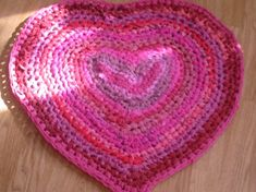 Check out this item in my Etsy shop https://www.etsy.com/uk/listing/57117432/crochet-pattern-heart-rag-rug-pdf