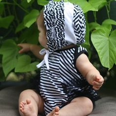 KidCuteTure Black White Stripe Ruffle Bodysuit Baby Girls Size 3-9M