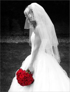 love the red roses in color!