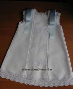 TODO EN PIQUE para bebé Doll Carrier, Bitty Baby, Heirloom Sewing, Baby Boutique, Handmade Baby, Baby Sewing, All Fashion, Little Princess, Baby Dress