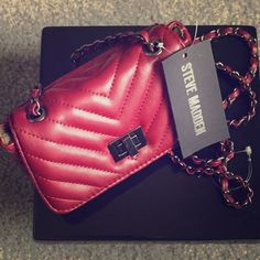 New Steve Madden mini handbag New with tags Steve Madden wine colored handbag with chain link handle Steve Madden Bags Mini Bags