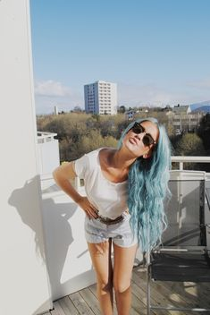 something about pastel hair makes a girl utterly attractive. maybe because i like cotton candy…