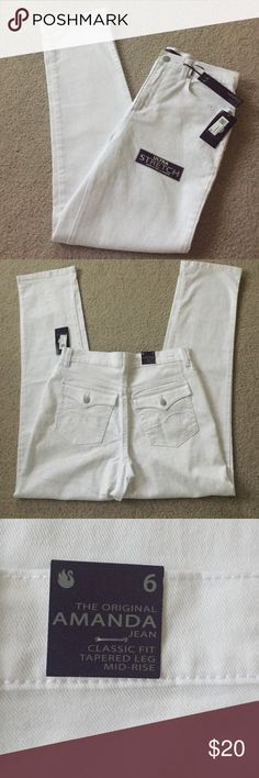 """NWT Slimming Jeans New look and feel slimmer jeans. 30"""" from crutch to bottom or 42"""" from waist. Ultra stretch for comfy feel. Gloria Vanderbilt Pants"""
