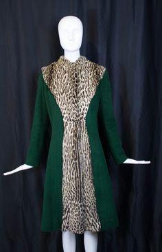1940s vintage OCELOT FUR trim emerald green WWII tailored boucle winter coat