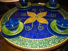 Simple Flower Mosaic Perfectly Awesome & Gorgeous - For the Veranda or Patio? Decisions, decisions !