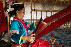 Artesenatos típicos podem ser encontrados em Baan Tong Luang, mas o caminho para ver o real cotidiano das tribos passa longe.