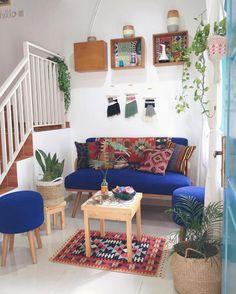 Cozy Living Room Furniture Inspiration - home design Living Room Colors, Small Living Rooms, My Living Room, Living Room Designs, Living Room Decor, Home Room Design, House Design, Living Room Furniture Inspiration, Deco Boheme