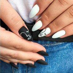 Summer 2020 Nail art designs that are subtle and chic #nails #summer #2020 #nailart #gel #designs #rainbow #pastel #pastels #French #simple #neutral Edgy Nails, Aycrlic Nails, Grunge Nails, Stylish Nails, Trendy Nails, Swag Nails, Chic Nails, Nail Nail, Red Nail