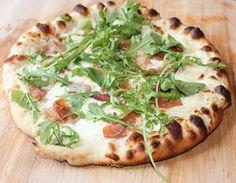 Garlic Bechamel Prosciutto Pizza #PizzaWeek  White pizza, bechamel pizza, bechamel Recipe here: http://www.sweetphi.com/garlic-bechamel-prosciutto-pizza/