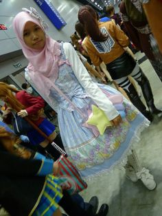 Hijab lolita because cuteness is for everybody