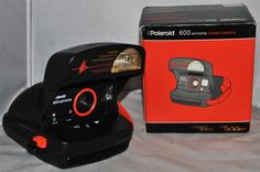Polaroid 600 Extreme Instant Camera in Excellent Working Condition, Boxed