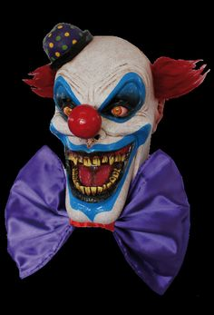 Chompo the Clown loves to hear screams instead of laughs! This high-quality scary clown Halloween mask is designed with incredible detail to depict a fantastically scary clown. The oversized clown mask features a full head construction with attached purpl Evil Clown Mask, Clown Halloween Costumes, Scary Mask, Evil Clowns, Halloween Costume Accessories, Theme Halloween, Trendy Halloween, Halloween Carnival, Vintage Halloween