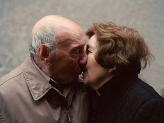 Джино иЭнджи Терранова, Стейтен-Айленд, Нью-Йорк  О старении не задумываешься. Мы ведь стареем вместе, а когда постоянно видишь человека, сильных изменений не замечаешь. Прожили вместе более полувека
