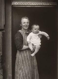 August Sander, Proletariermutter, 1926, © Die Photographische Sammlung/SK Stiftung Kultur – August Sander Archiv, Köln BILDRECHT GmbH, Wien, 2017