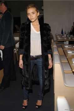 Ashley Olsen, Olsen Twins, fur, white tee, denim, celebs, 2013