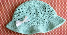 Complete your outfit with this adorable sun hat crochet pattern from Daisy Cottage Designs. This crochet summer hat is lightweight and perfect for the heat. Crochet Summer Hats, Crochet Girls, Crochet Baby Clothes, Crochet Baby Hats, Crochet Beanie, Free Crochet, Knit Crochet, Easy Crochet, Crochet Toddler Hat