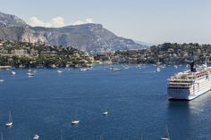 Check out which are the best tourist ports in France.