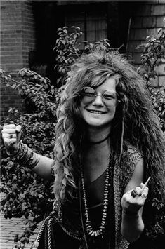 Janis Joplin at the Chelsea Hotel, NYC 1970. Photo by David Gahr.
