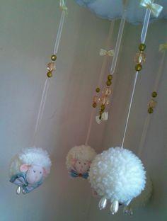 http://www.elo7.com.br/mobile-de-berco-ovelha-menino/dp/6D4499