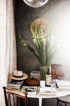 a little help from mother nature. | sfgirlbybay Wabi Sabi, Office Interior Design, Best Interior, Stylish Interior, Exterior Design, Interior Decorating, Decorating Ideas, Decor Ideas, Luxury Home Decor