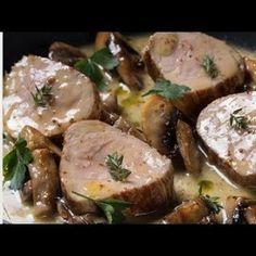 Συνταγή για χοιρινό φιλέτο σοτέ με μουστάρδα, μανιτάρια και ταλιατέλες από τον Γιάννη Λουκάκο! Συνοδέψτε τα ζυμαρικά σας με ένα ζουμερό χοιρινό σε σάλτσα! Greek Recipes, Biscotti, Beverages, Pork, Food And Drink, Menu, Cooking Recipes, Kale Stir Fry, Menu Board Design