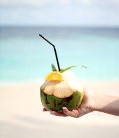 love the way this looks like it's being handed to someone Beach Body Ready, Beach Cocktails, Aloha Hawaii, Island Girl, Adventure Is Out There, Travel Style, Summer Time, Coconut, Tropical