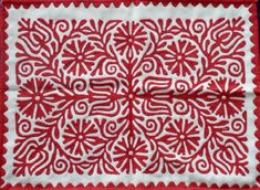 Cut-out fabric sewn onto another fabric. Hungarian Embroidery, Folk Embroidery, Learn Embroidery, Embroidery For Beginners, Embroidery Techniques, Embroidery Stitches, Embroidery Dress, Embroidery Designs, Red And White Quilts